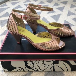 Seychelles Rose Gold Sandals with a short heel